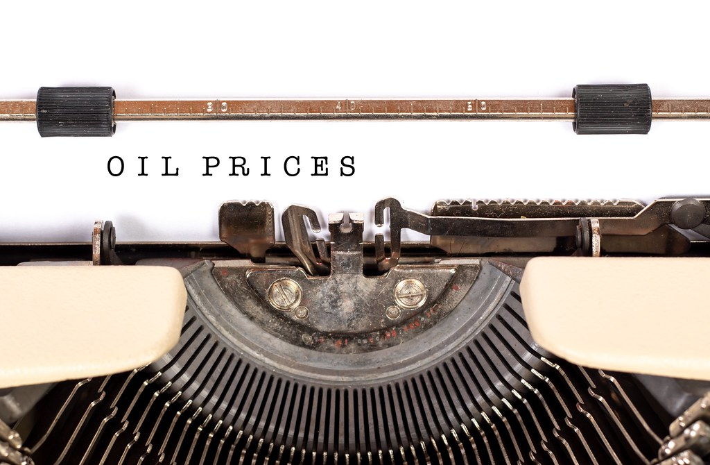 Oil Prices Suffers Biggest Crash Since 1991; What are the Reasons for Drop in the Price?