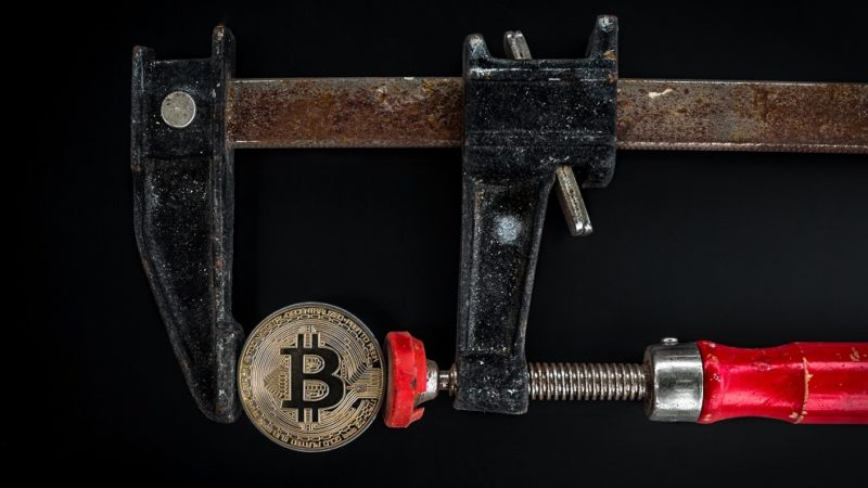 How to Distinguish Between a Blockchain and a Database?