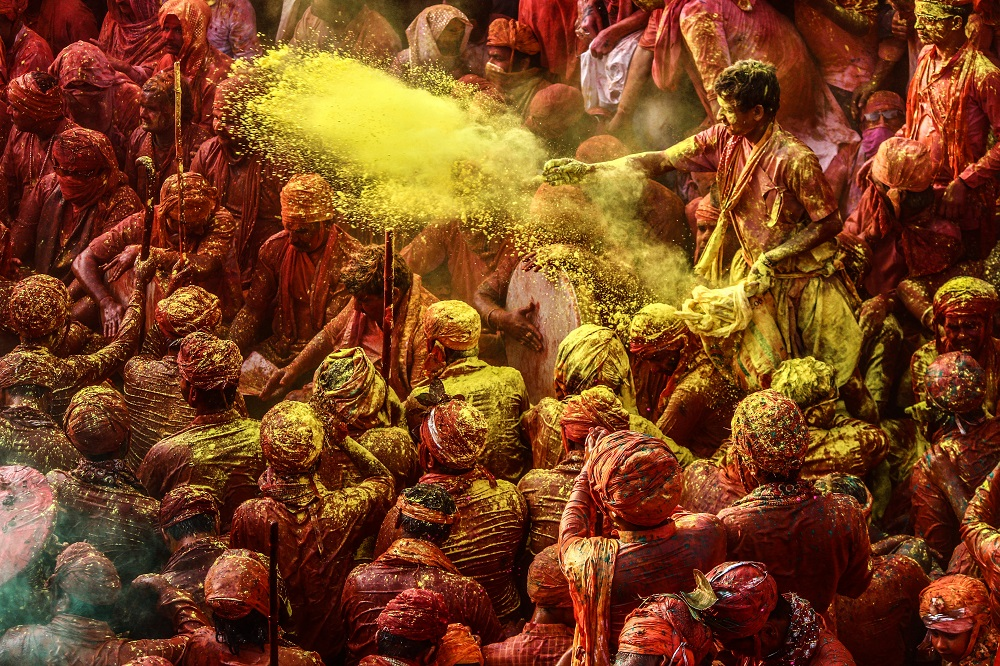 The Ultimate Guide for a Safe Holi