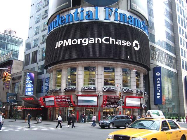 JPMorgan AMC's Hugh Gimber Advices Investors to Avoid Buying Stocks Right Now