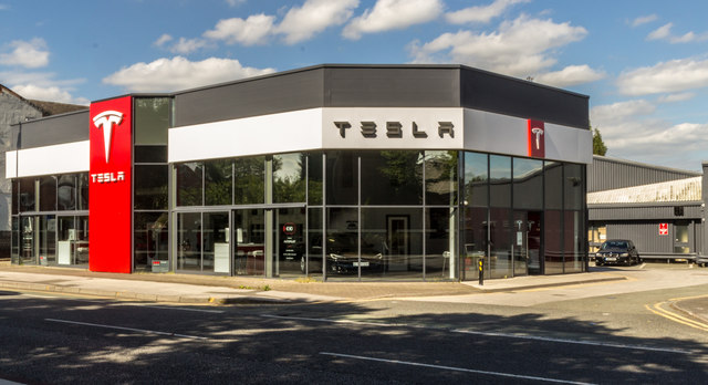 Tesla Announces Pay Cut For Its Employees and Furlough Employees