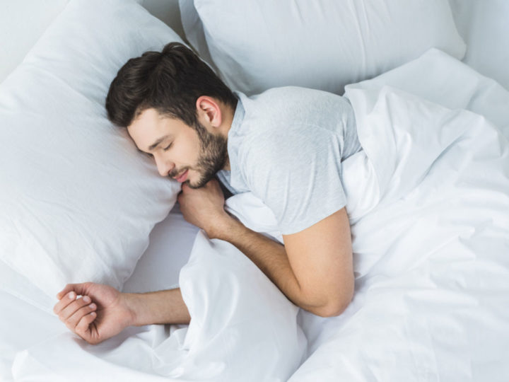 Too little sleep can be the cause of asthma attacks in adults