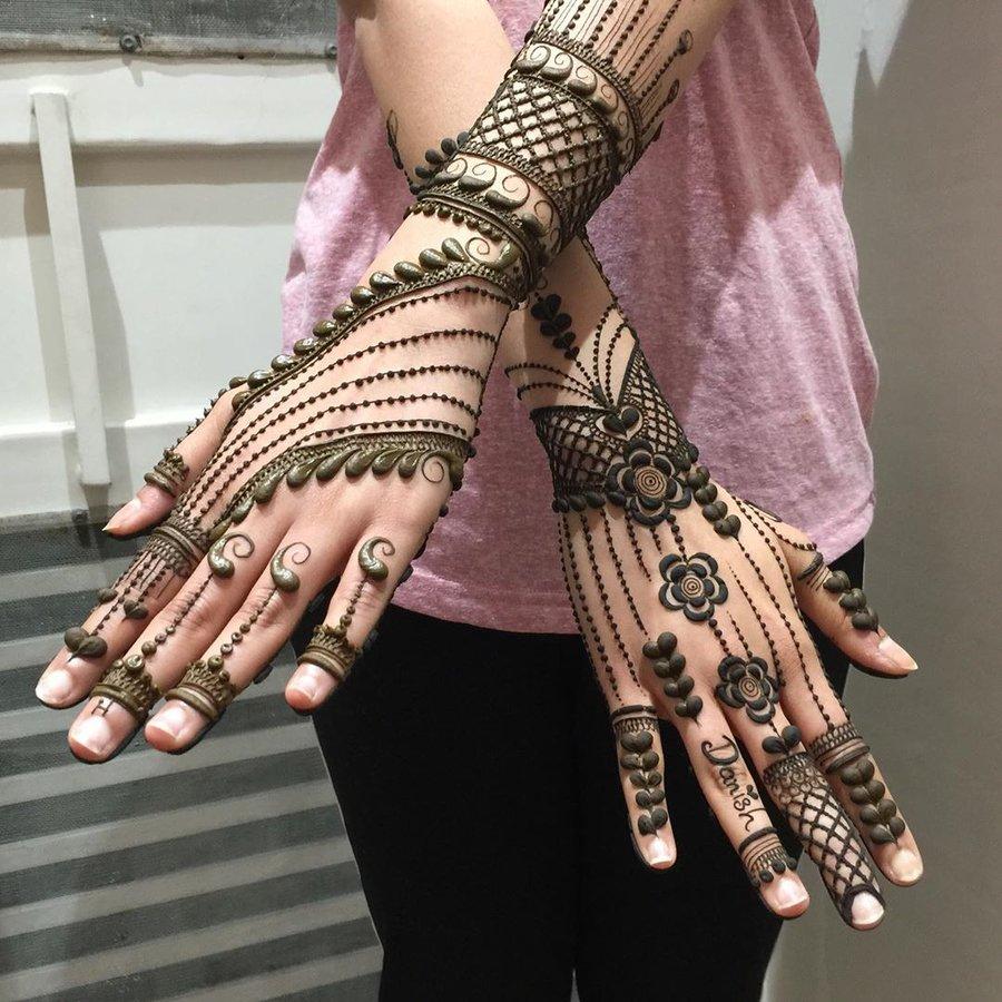 chain arabic mehndi design